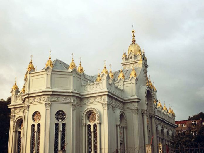 Желязната църква
