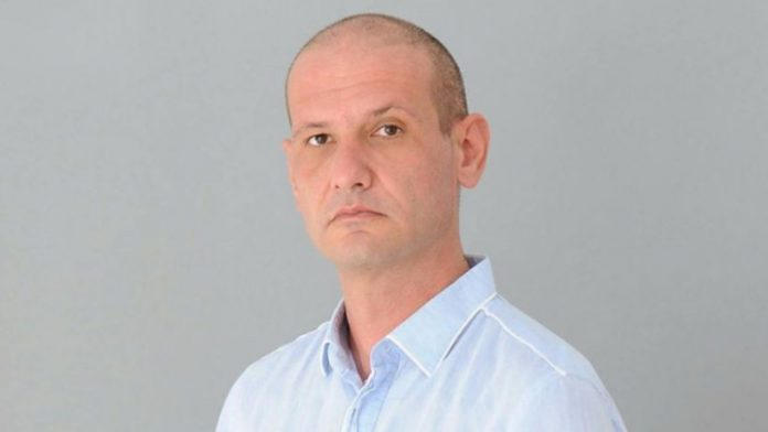 Антон Андонов
